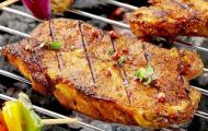 Người Việt đang tiêu thụ quá nhiều thịt