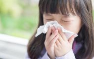Dấu hiệu viêm màng não nhưng cha mẹ hay nhầm với cảm lạnh khiến con tổn thương não nặng