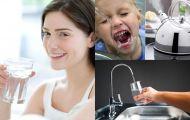 Uống nước trực tiếp từ máy lọc hay đun sôi tốt hơn?