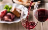 Thức uống quen thuộc dễ gây ung thư vú nếu tiêu thụ mỗi ngày
